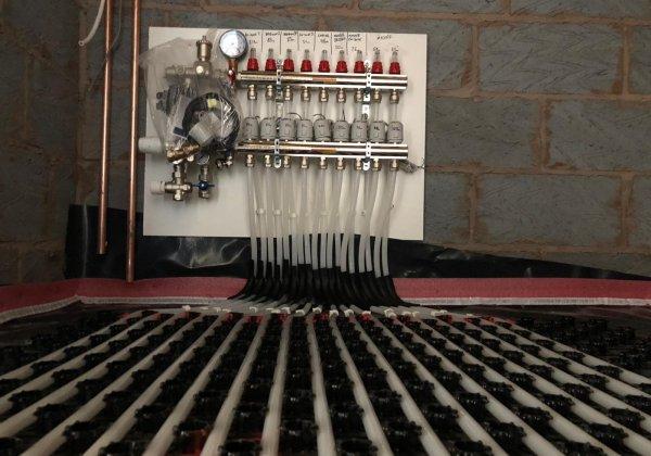 Cemfloor | Gyvlon | Flowing Thermio Screeds | Liquid Floor Anhydrite Screeds | Gypsol | Water Underfloor Heating Birmingham |