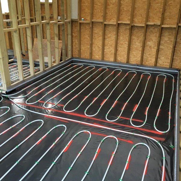 Flowing Thermio Screeds | Liquid Floor Anhydrite Screeds | Gypsol | Water Underfloor Heating Leicester | Cemfloor | Gyvlon |
